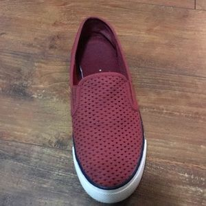 Woman's red sperry